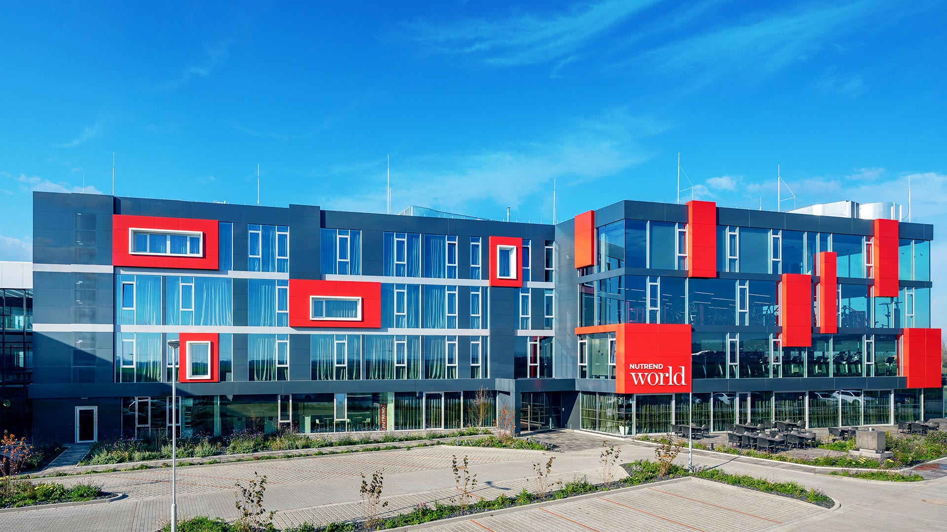 budova komplex resort Nutrend World